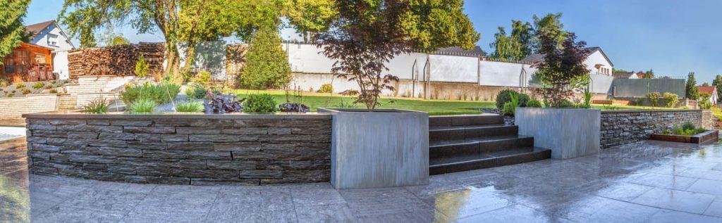 escalier de jardin en pierre simple roche fleur mur escalier arrirecour mur de pierre jardin. Black Bedroom Furniture Sets. Home Design Ideas